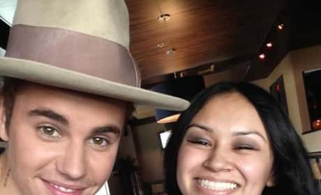 """Justin Bieber Serenades Make-A-Wish Fan with """"One Less Lonely Girl"""""""