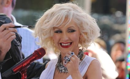 Christina Aguilera Aims to Empower