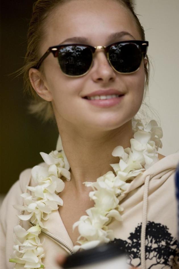Hayden Panettiere in Hawaii