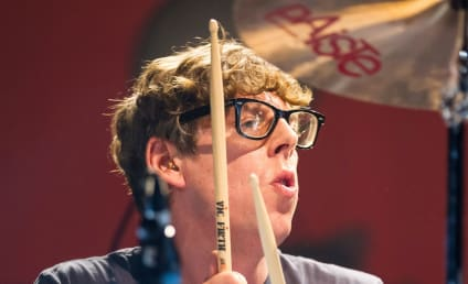 Patrick Carney Mocks Justin Bieber: All About Swag!!!