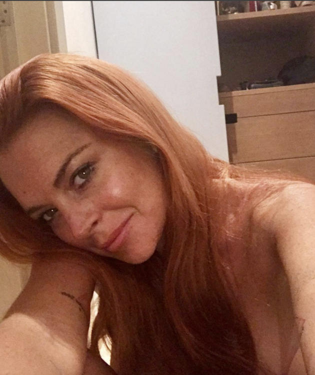 Lindsay Lohan Nude And Topless Pictures 28