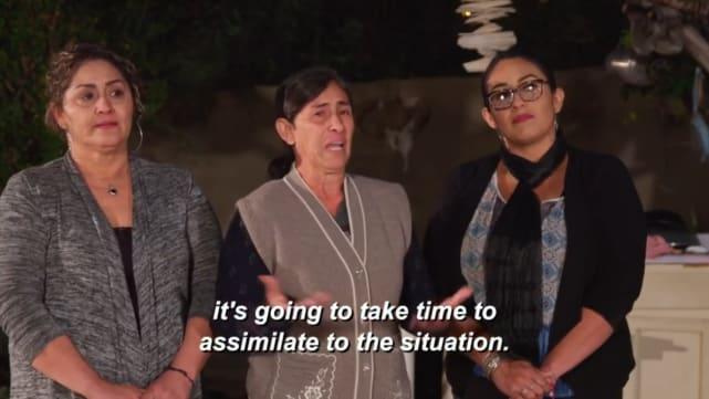 La reacción de su familia es ... complicada