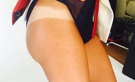 Kaley Cuoco Tan Line Photos