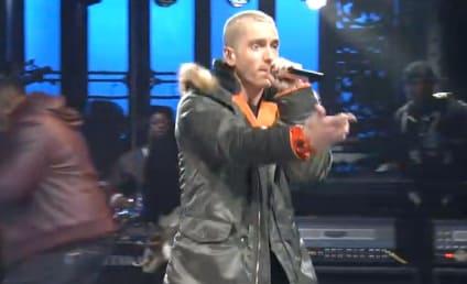Eminem SNL Performance: Obvious Lip-Sync Alert?