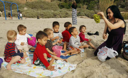 Octomom Hits the Beach With ENORMOUS Brood