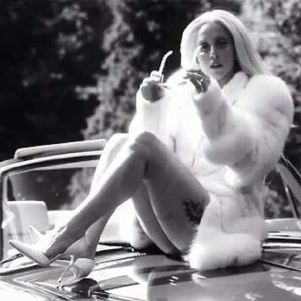 Lady Gaga: Curvy and Proud