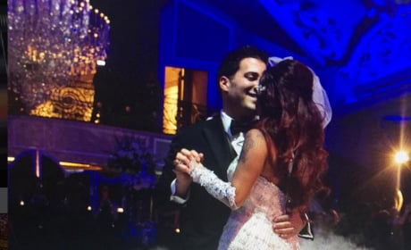 Snooki and Jionni LaValle Celebrate Their One-Year Wedding Anniversary