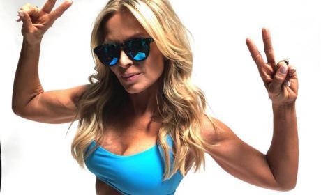 Tamra Judge Flat Stomach Sunglasses Pic