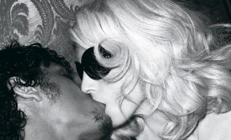 Madonna, Jesus Luz Kiss