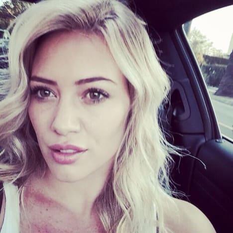 Hilary Duff: Twitter Selfie