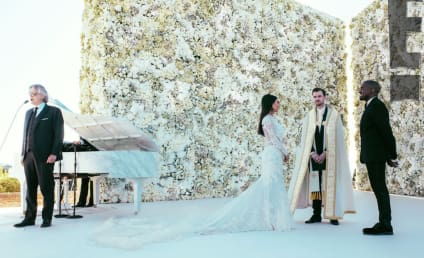 Kimye Wedding Photo: Andrea Bocelli in Action!
