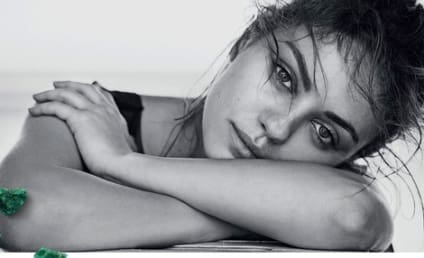 Mila Kunis: Makeup Free, Gorgeous for Gemfields!