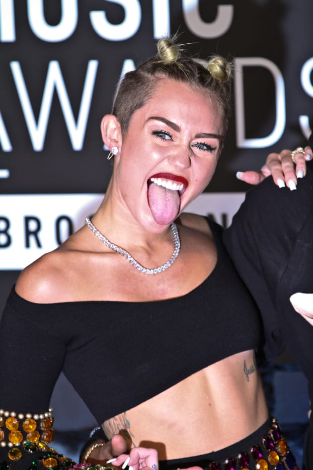 Miley Tongue Shot