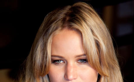 Which hair color do you prefer on Jennifer Lawrence?