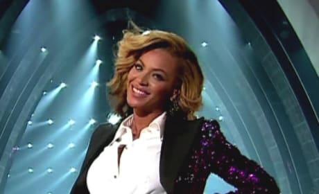 Pregnant Beyonce