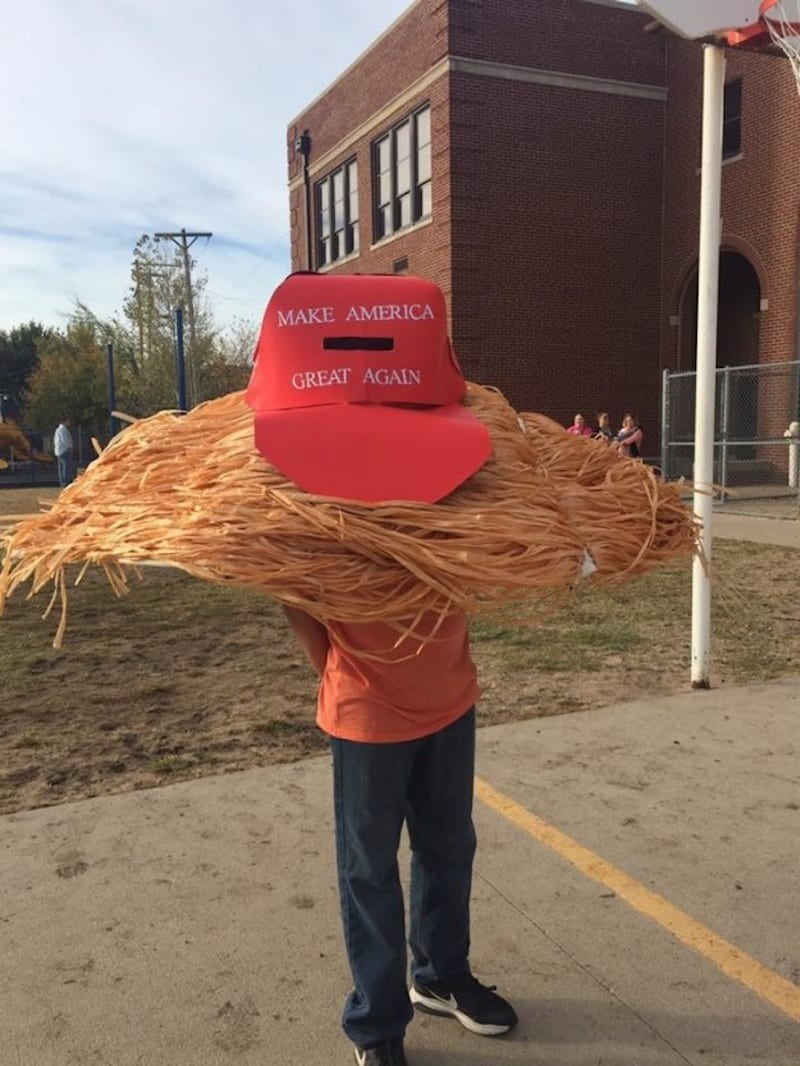 10 Year Old Dresses As Donald Trump S Hair For Halloween The