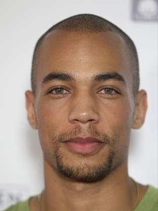 Kendrick Sampson Photo