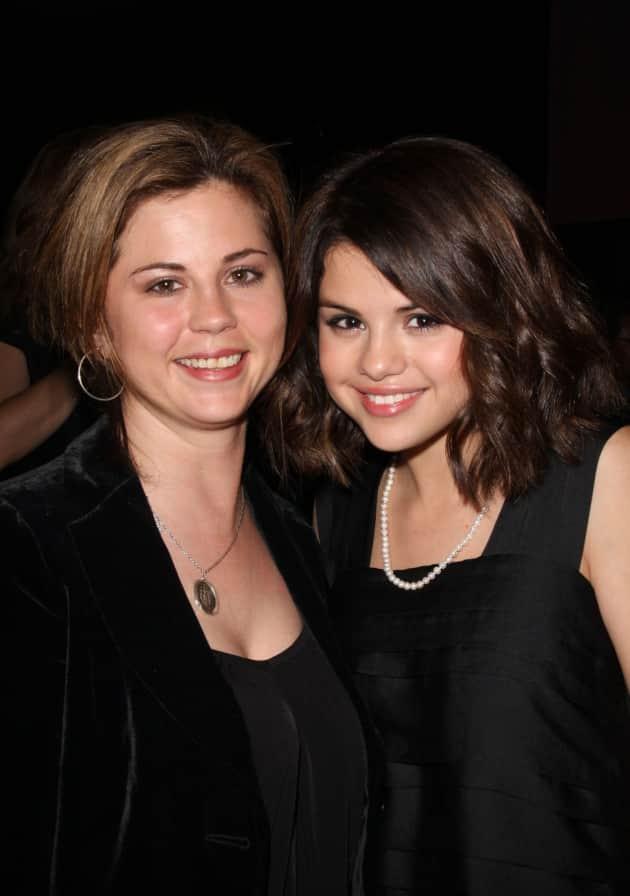 Selena Gomez, Mother