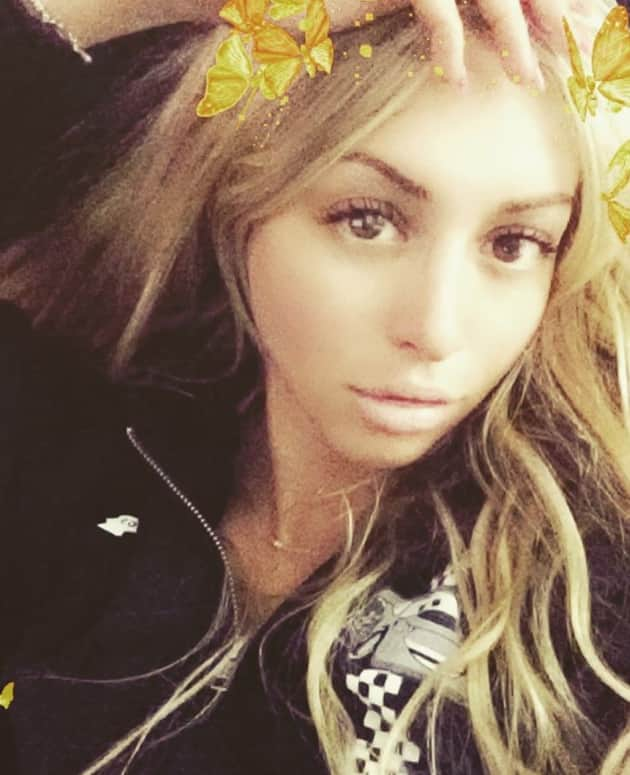 corinne olympios snapchat   the hollywood gossip
