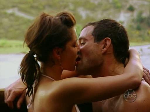 Hot Bachelor Make Out Scene!