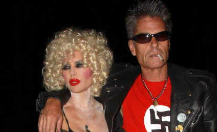 Harry Hamlin: I'm Sorry About The Swastika T-Shirt