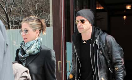 Jennifer Aniston and Justin Theroux: Planning Summer Wedding in Crete?