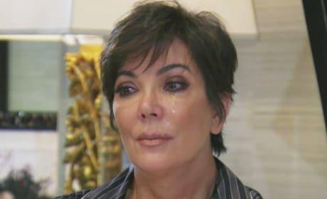 Kris Jenner Krying
