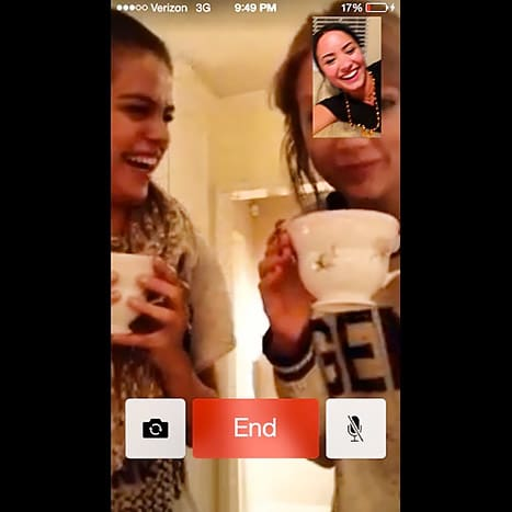 FaceTime with Demi, Selena and Taylor