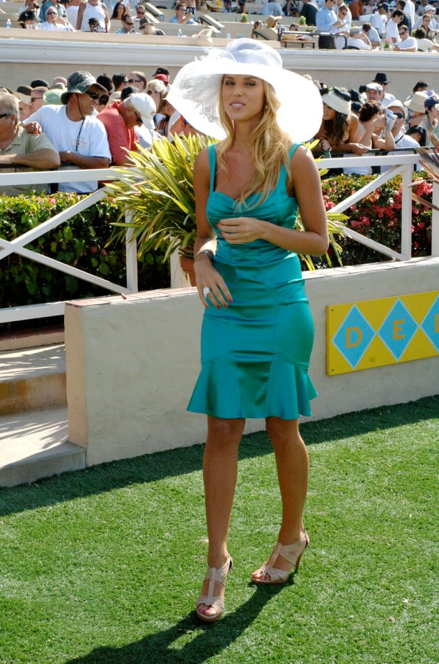 Carrie Prejean Race Day Photo The Hollywood Gossip