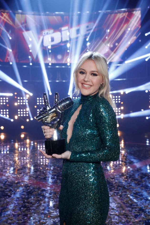Chloe Kohanski Wins The Voice Kanye West And Kim Kardashian