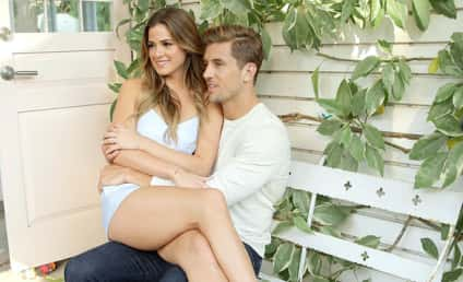 "Jordan Rodgers Writes Open Love Letter to ""Best Friend"" JoJo Fletcher!"