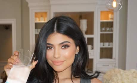 19 Reasons to Believe Kylie Jenner Got a Boob Job