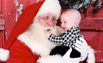 Terminally Ill 5-Year-Old Dies in Santa's Arms