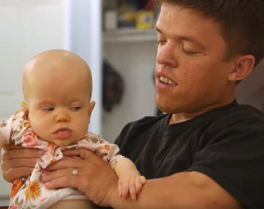 Zach Roloff with Daughter