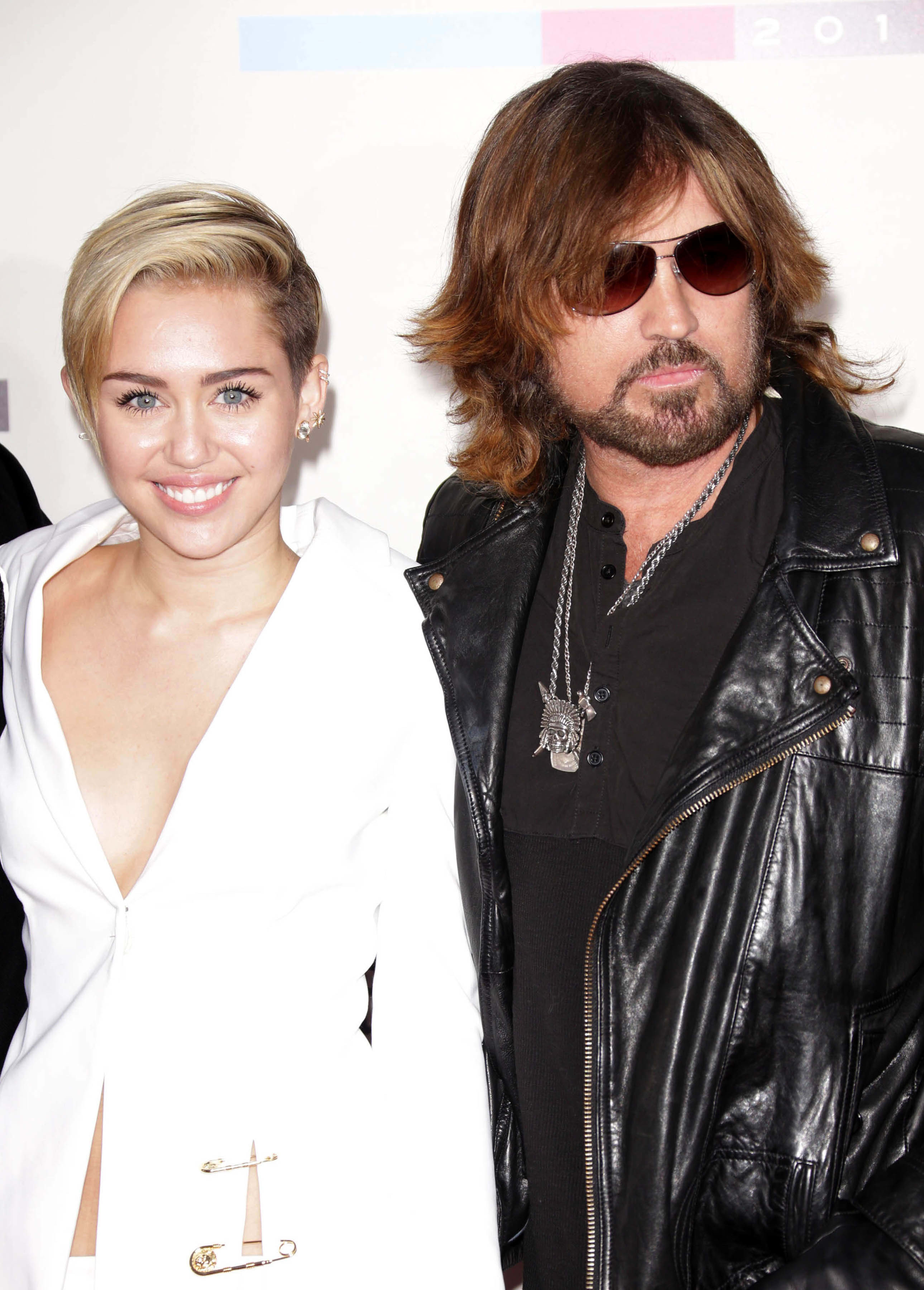 Celebrity Miley Ray Cyrus nude (32 photo), Ass, Bikini, Feet, butt 2017