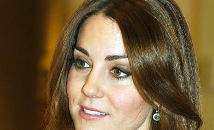Kate Middleton: Spotted at Starbucks!