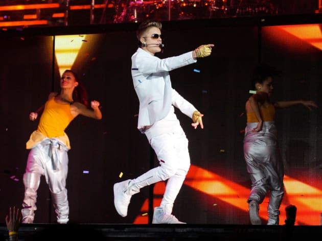 Justin Bieber Sings in Orlando