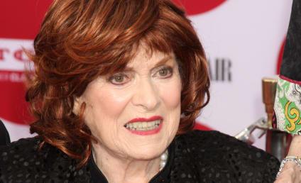 Maureen O'Hara Dies; Miracle on 34th Street Actress Was 95