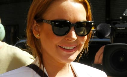 Lindsay Lohan Leaves Rehab ... For Different Rehab Center