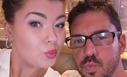 """Amber Portwood Has """"Cold Feet,"""" Fiance Says She's Fine"""