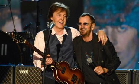 "Paul McCartney and Ringo Starr - ""Hey Jude"""