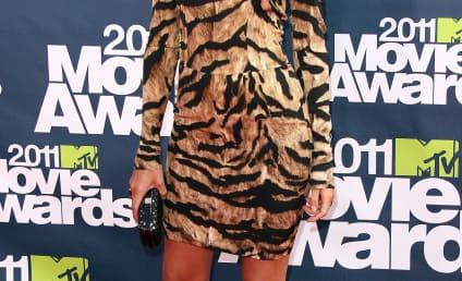 MTV Movie Awards Fashion Face-Off: Rosie Huntington-Whiteley vs. Brooklyn Decker