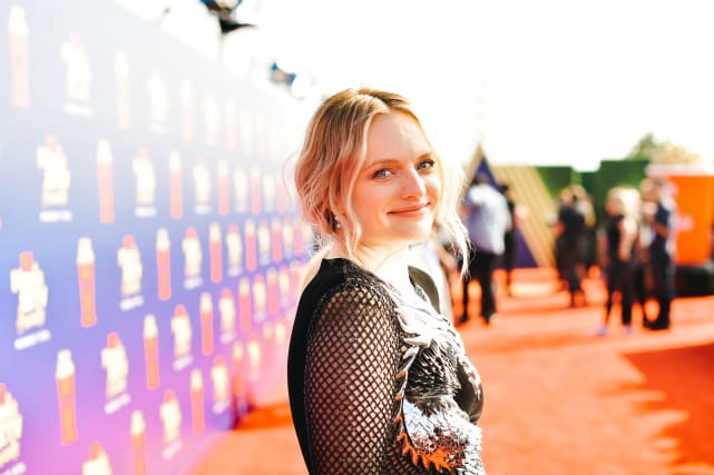 Elisabeth moss at mtv movie and tv awards