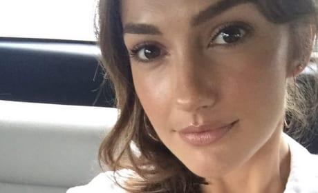 Minka Kelly Selfie in Ecuador
