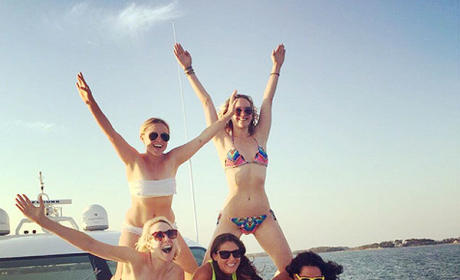 Amy Schumer and Jennifer Lawrence on Vacation