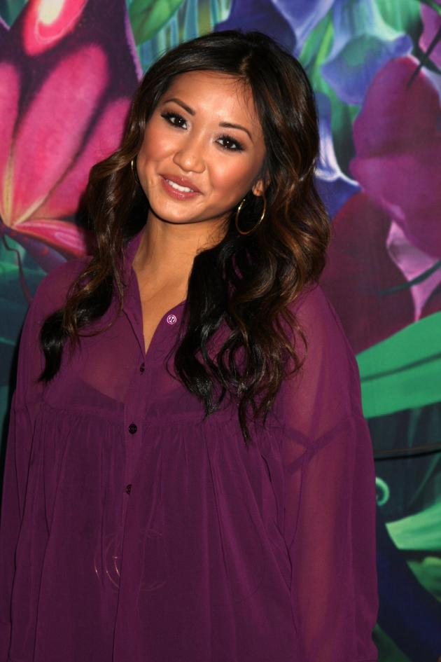 Brenda Song Pregnant Trace Cyrus The Father The