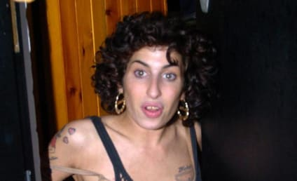 Terrifying Amy Winehouse Photo of the Day