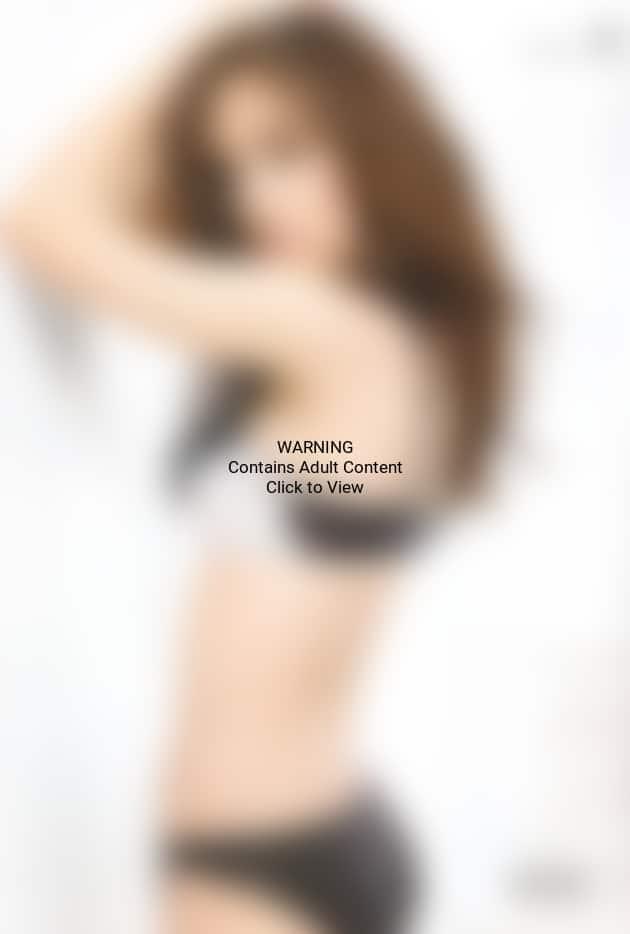 Eliza Dushku Lingerie Pic