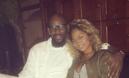 R. Kelly is Dating a 19-Year Old Because Of Course He Is
