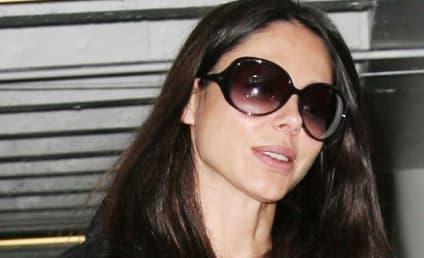 Oksana Grigorieva Sues Lawyers Over Mel Gibson Settlement